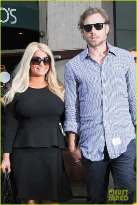 Jessica Simpson Goes For Lunch With Eric Johnson